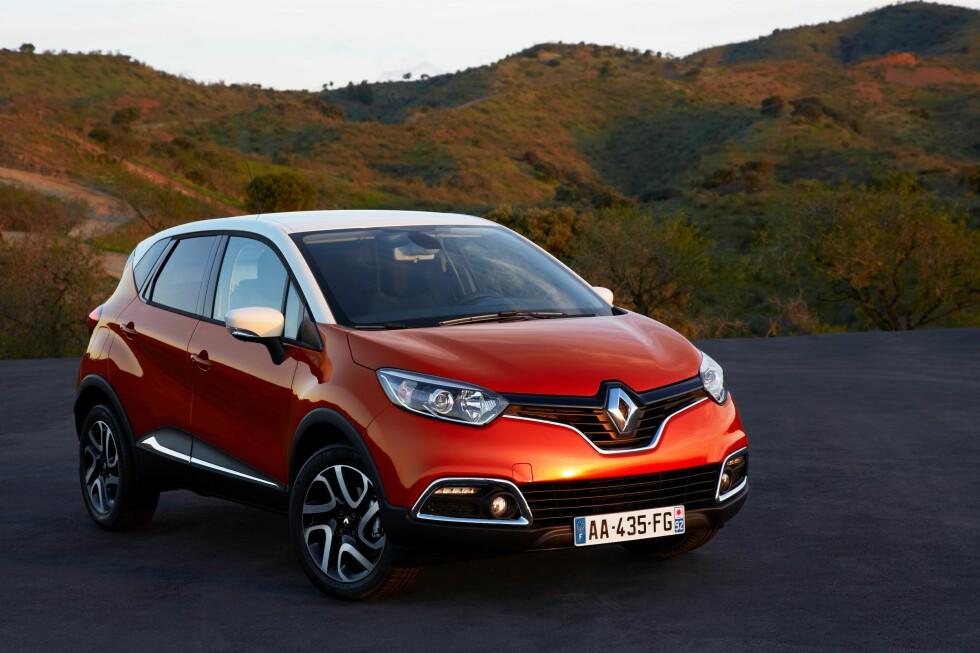 Renault Captur er en kompakt SUV-aktig og høyreist bil basert på nye Renault Clio. Denne bilklassen begynner nå å ta av for alvor. Foto: Renault