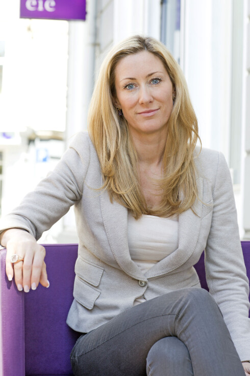 Hedda Ulvness i Eie Eiendomsmegling tror kravet til skriftlighet vil øke tilliten til eiendomsmeglingsbransjen generelt, og ønsker derfor forslaget velkommen.  Foto: Eie Eiendomsmegling