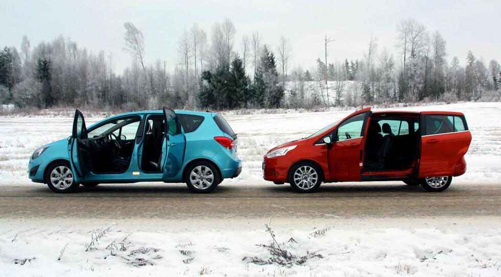 Disse to bilene har hver sin geniale dørløsning, som gjør adkomst og innlasting til en lek. Ford har dratt den enda lenger ved å kutte ut B-stolpen og er dermed uovertruffen på det området. Foto: Knut Moberg
