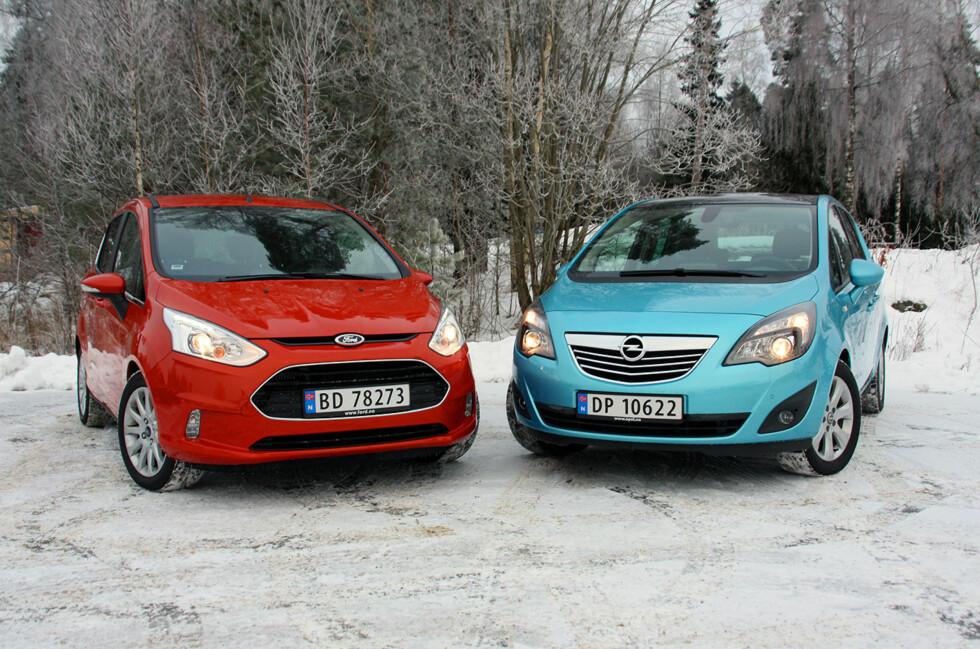 De overlegent smarteste bilene i kompaktklassen: Fra venstre, Ford B-Max og Opel Meriva. Foto: KNUT MOBERG