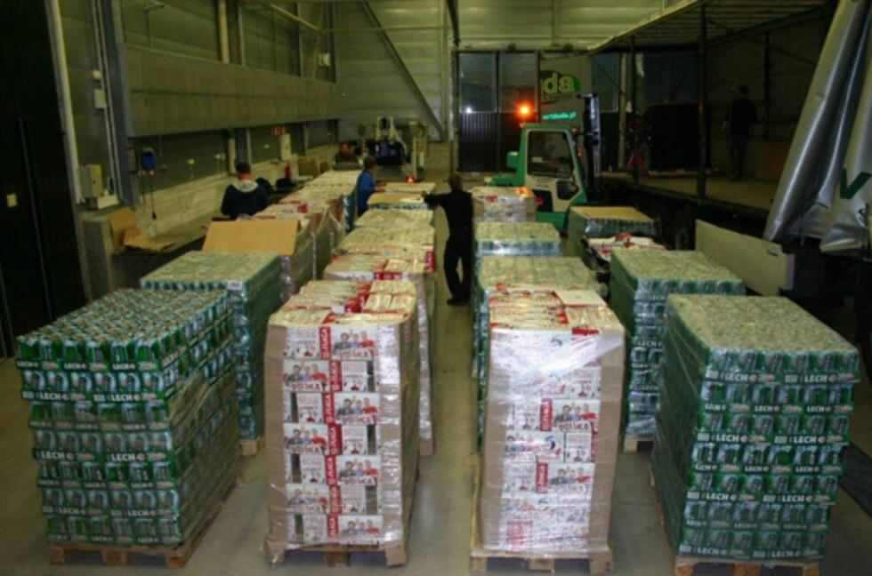 Tollvesenet beslagla 401.288 liter øl i 2012, som er en liten nedgang fra året før. Samtidig smugler vi stadig mer brennevin. Foto: Tollvesenet