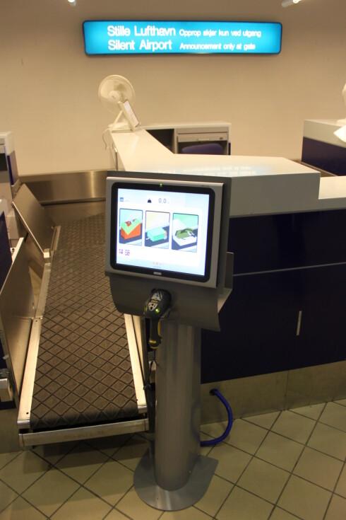 Selvbetjent bagasjelevering finnes nå på ti Avinor-lufthavner. Foto: Avinor