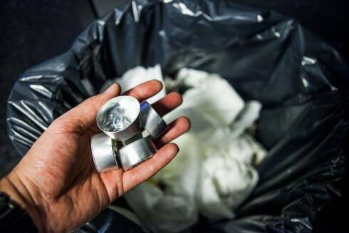 Utbrente telys skal gjenvinnes - ikke i det vanlige søppelet. Foto: PER ERVLAND