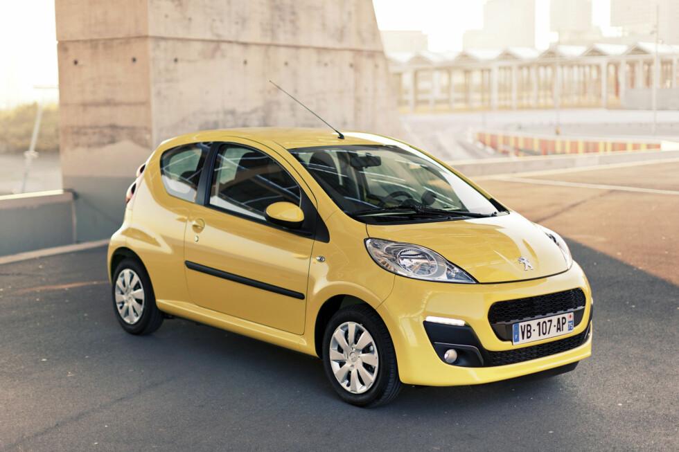 Peugeot 107 er en av trioen - sammen med Toyota Aygo og Citroën C1 - som er blitt evaluert til tre stjerner i Euro NCAPs sikkerhetstest. Dette tross nylig gjennomført oppgradering. Foto: Peugeot