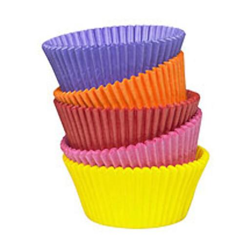 Tænk fikk testet ensfargete rosa muffinsformer fra Dr. Oetker - med slipp-belegg inni. Foto: Dr. Oetker