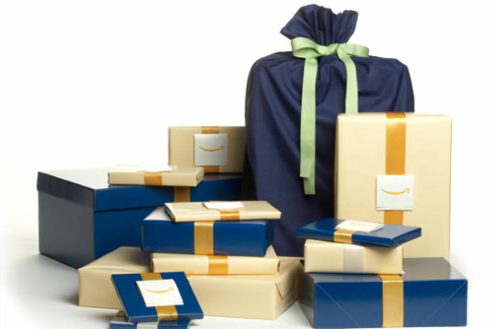 Ferdig innpakket: Flere butikker tilbyr å pakke gavene for deg, som for eksempel Amazon. Da kan du slippe mellomlanding hjemme, og sende pakken direkte til mottaker. Enkelt, og tidsbesparende. Foto: Amazon