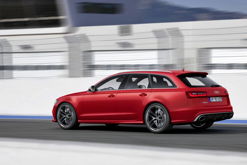 SPRENGER GRENSER: Nye Audi RS6 har mindre effekt, færre sylindre, men veier mindre og er mye raskere! Foto: Audi
