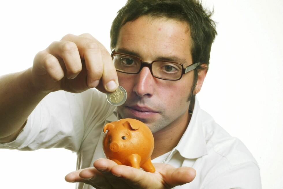 Sjekk skatten først: Har du lav skattbar inntekt, kan det hende at du bør utsette BSU-sparingen til du kan nyttiggjøre deg av skattefradraget.  Foto: colourbox.com