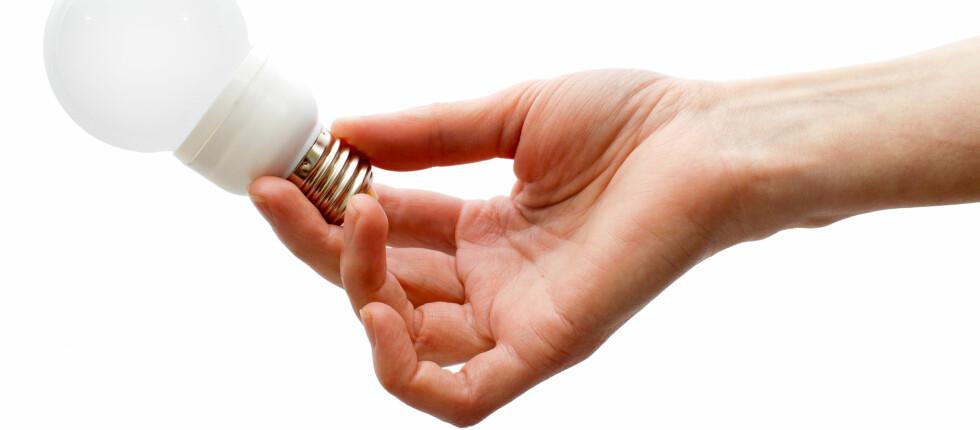 Svenske Testfakta har fått testet åtte LED-pærer, og billig er best!