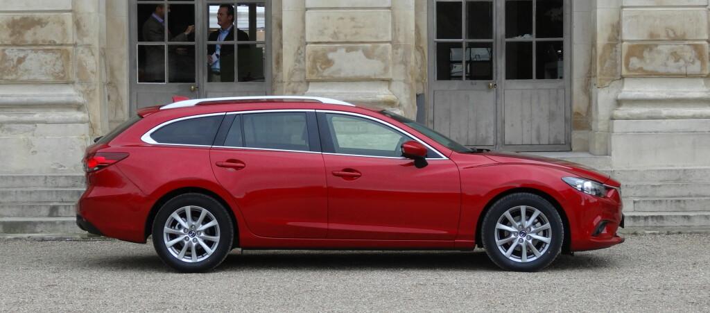 Mazda 6 er priset likt som stasjonsvogn og sedan.  Foto: Fred Magne Skillebæk