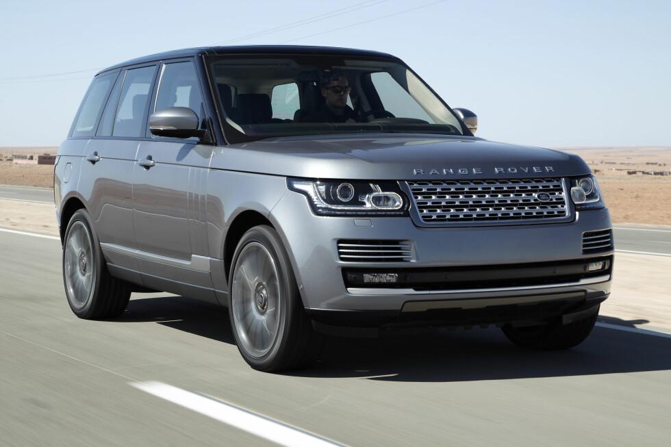 Nye Range Rover kommer til Norge ved juletider. Neste år er Range Rover Hybrid på plass.