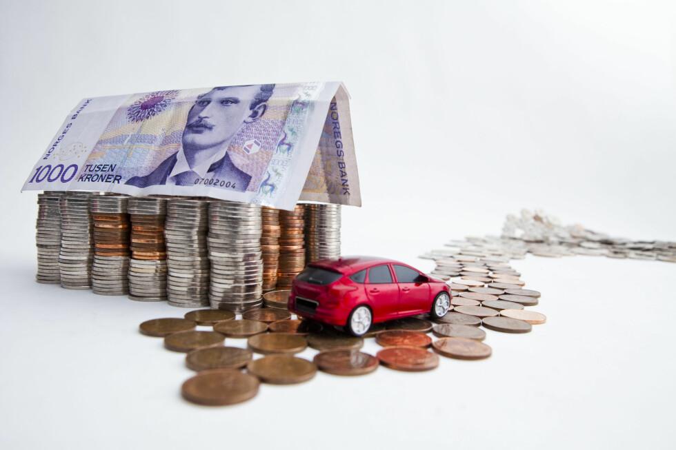SPAR TITUSENER: Du behøver ikke ta opp separat lån hvis du skal kjøpe bil. Det kan du spare mye penger på.