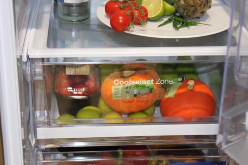 Et hvert kjøleskap med respekt for seg selv har ulike temperatursoner for ulike matvarer.  Foto: Elisabeth Dalseg