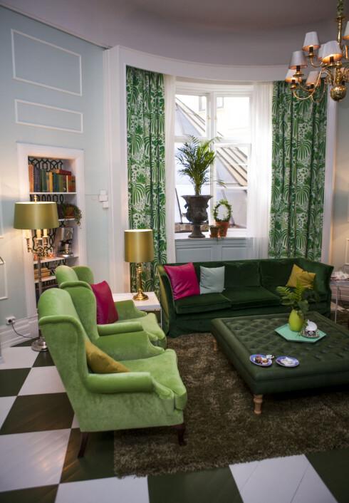 La gardinene gå hele veien fra gulv til tak - og gjerne dekke hele veggen. Foto: Per Ervland