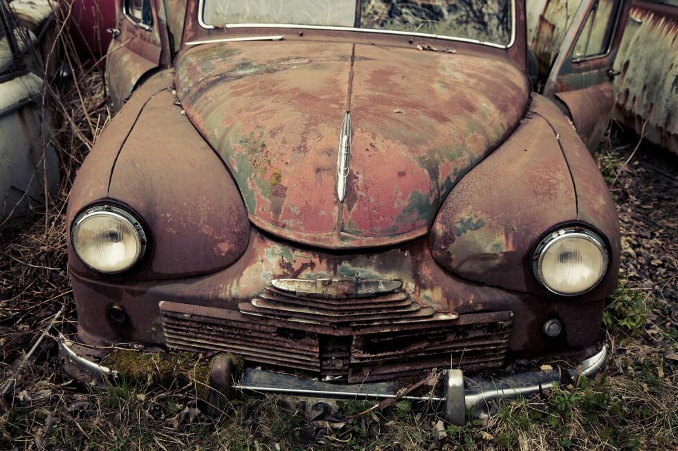 Det er ikke bare gamle biler som ruster. Utfordringen kan like gjerne være tilstede på nesten helt nye biler. Foto: COLOURBOX