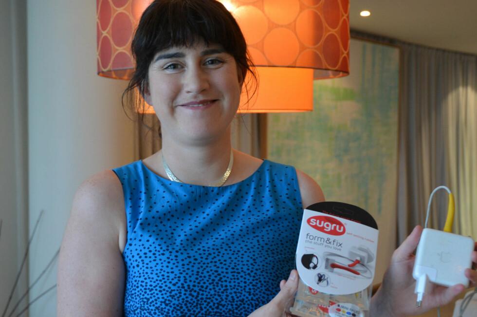 Jane Ni Dhulchaointigh - damen bak Sugru med sitt produkt, klar for det norske markedet! Foto: Brynjulf Blix