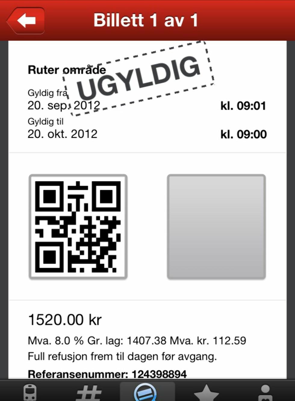 Først får vi beskjed om at billetten vår er ugyldig. Deretter avinstallerer vi app-en og installerer den på ny.