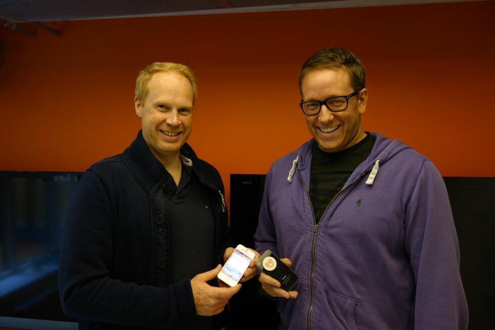 Produktutviklingssjef Marius Røstad (t.v.) og administrerende direktør Erland Bakke står bak Easybring, en tjeneste/app som utfordrer transportbransjen ved å la alle leke budbil og tjene penger på det. Foto: Pål Joakim Olsen
