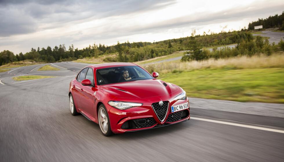 STERK: Giulia gjør slett ikke skam på det stolte Alfa-navnet – og spiller helt klart i liga med BMW. FOTO: ANDREAS LIBELL