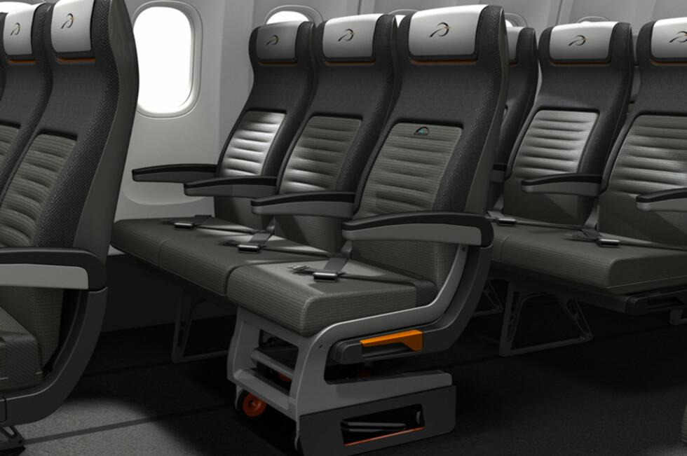 Koblet til seterekken ser man knapt forskjell på spesialsetet og andre seter. Foto: Priestmangoode