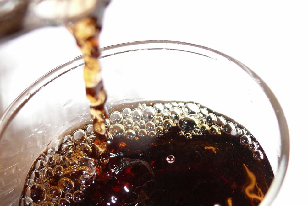 Du kan gjøre mye mer med Coca Cola enn å drikke den. Vaske do, for eksempel. Foto: Stock.xchng