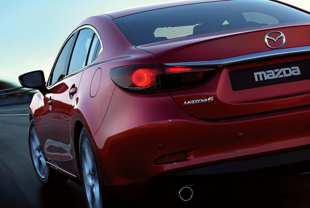 Så er Det omsider offisielt: Dette er den helt nye Mazda 6, som skal vises på bilutstillingen i Moskva i august. Foto: Mazda