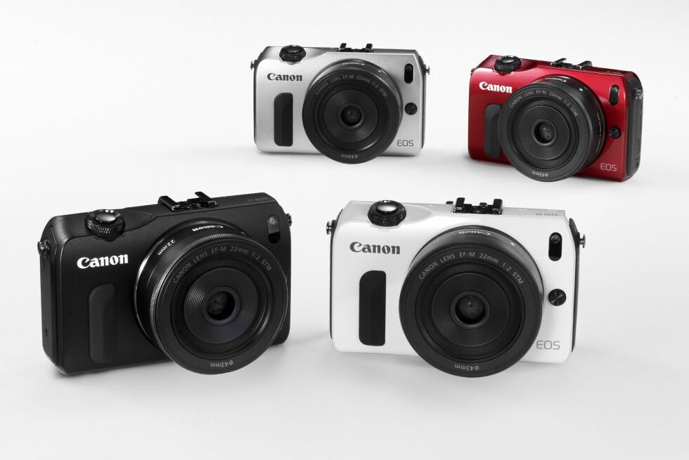 Canon EOS M kommer i fire forskjellige farger, og lanseres sammen med to spesialtilpassede objektiver. Foto: Alle bilder: Canon