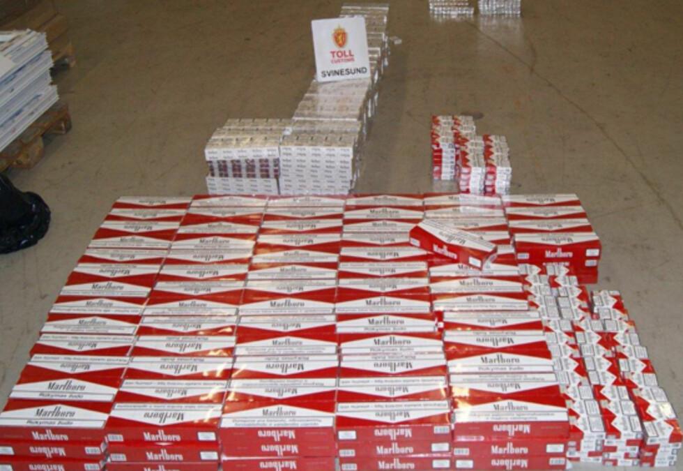 FORSØKT SMUGLET: Sigaretter.  Foto: Tollvesenet