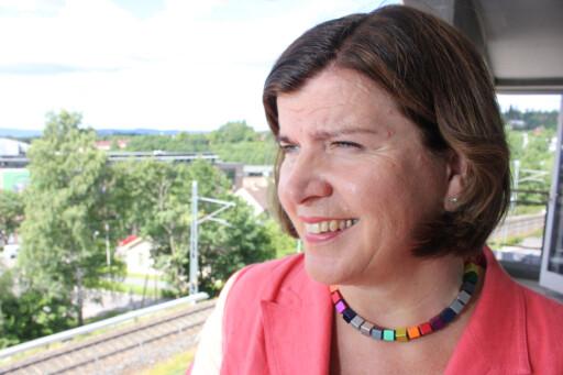 VIL HA ENDRING: Direktør Randi Flesland i Forbrukerrådet håper bankbransjen innser at det er svært uvanlig å ha PIN-koden sammen med kortet.  Foto: Ole Petter Baugerød Stokke