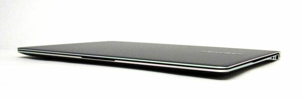 Solid, syltynn, lett, glimrende skjerm, god ytelse og batteritid. Samsungs nye 9-serie er noe av det mest fullkomne du kan få PC i dag, mener vi. Foto: Alle bilder: Bjørn Eirik Loftås