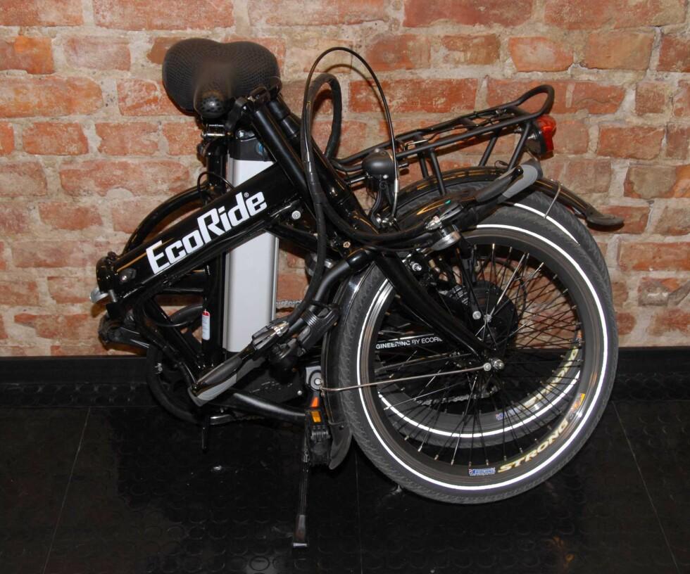 Sykkelen er nå brettet helt sammen Foto: Brynjulf Blix