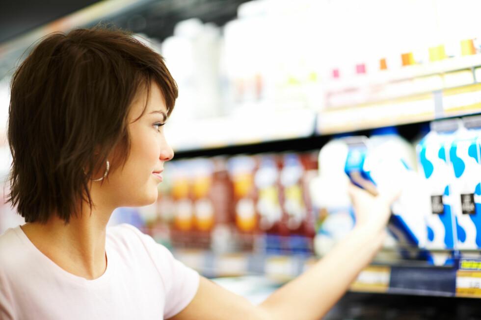 Kjøper du matvarer og helsekostprodukter fordi de lover å gjøre deg frisk og sunn? Snart blir det forbudt å bruke påstander om produktene som ikke er vitenskapelig bevist. Foto: Phantermedia