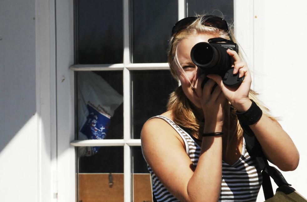 Du trenger ikke rydde inni boligen - men ta bilde av hagen eller balkongen din nå mens finværet er her. Foto: Colourbox