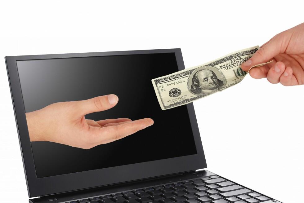 Det er dine grensekryssende transaksjoner som blir registrert i Valutaregisteret, og som kan kontrolleres av Tollvesenet flere år senere. Foto: Colourbox.com