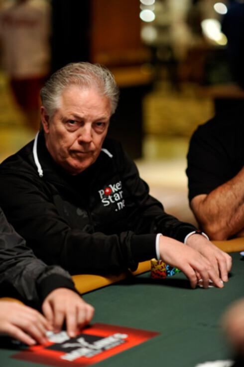 Thor Hansen er ansett som «Gudfaren» i det norske pokermiljøet og har reist verden rundt for å gamble. Foto: Joe Giron Photography/PokerStars