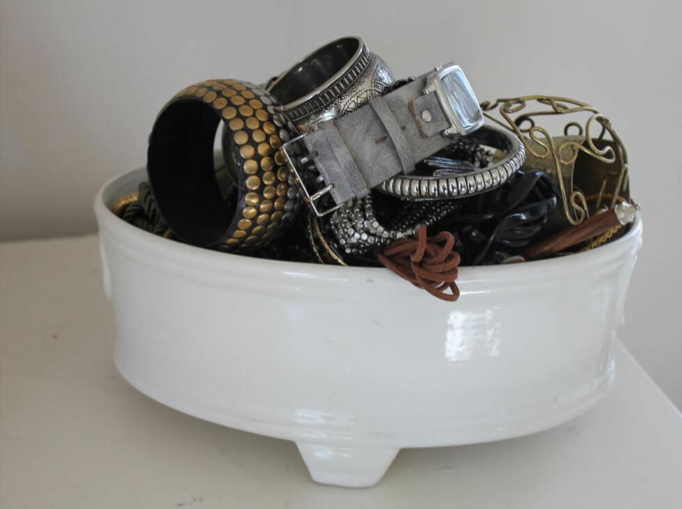 Krukke som Vanja oppbevarer armbånd i. Pris: 20 ,- Foto: Sindre K. Nordengen