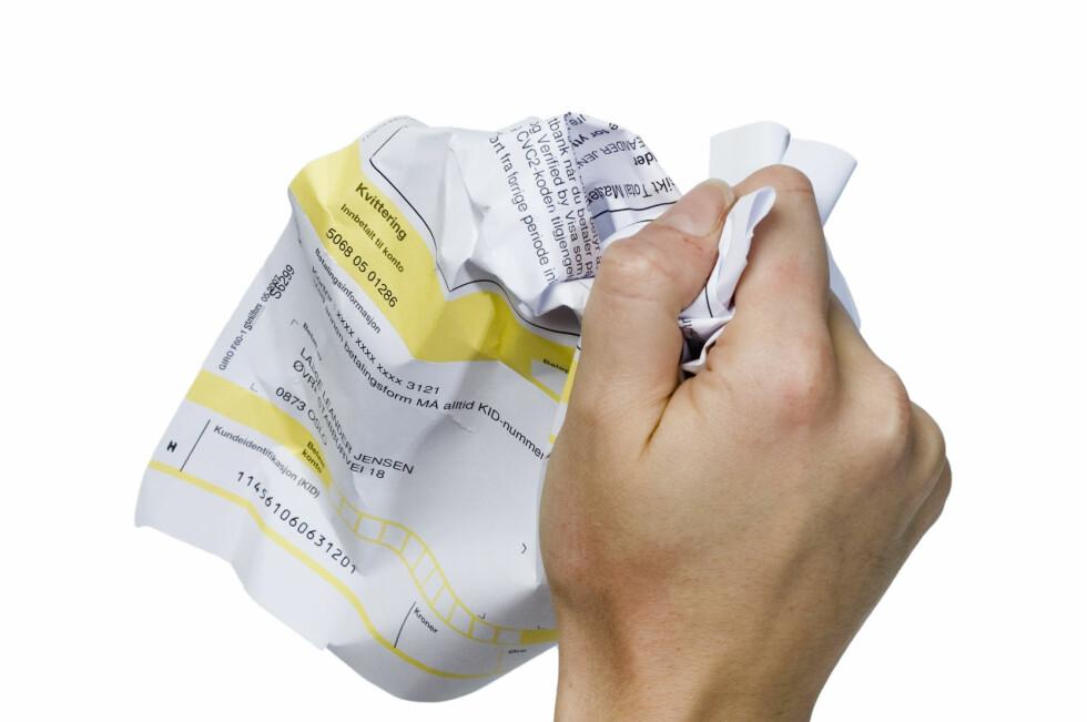Har du fått tilsendt to purringer fra Tollvesenet på årsavgiften, kan den med svakest trykk gå rett i søpla. Foto: COLOURBOX