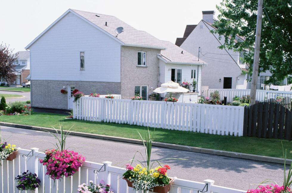 Du trenger ikke springvann og hagenisser. Det viktigste er at hagen ser velstelt ut, og ikke roper på vedlikehold.  Foto: Colourbox.com