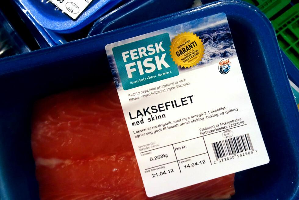 Fersk fisk får spesialgaranti hos Rema 1000. Er du misfornøyd med produktet gir de deg pengene tilbake og ny vare - uten kvittering.         Foto: Berit B. Njarga