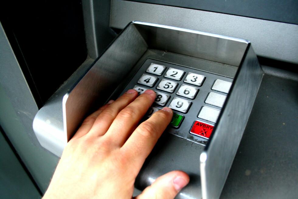Kan håndflaten, fødselsdato og kode snart være nok? Ja, for bankkunder i Japan blir det snart en minibank-realitet. Foto: Kim Jansson