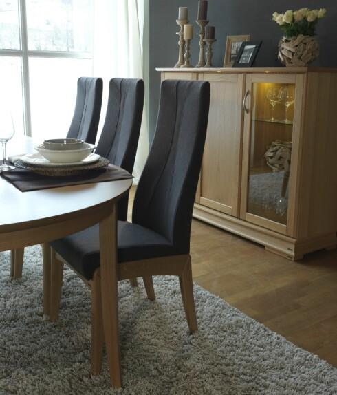 Regina spisestuestoler fra Sandvik, fra rundt 3.900 kroner. Foto: Sandvik