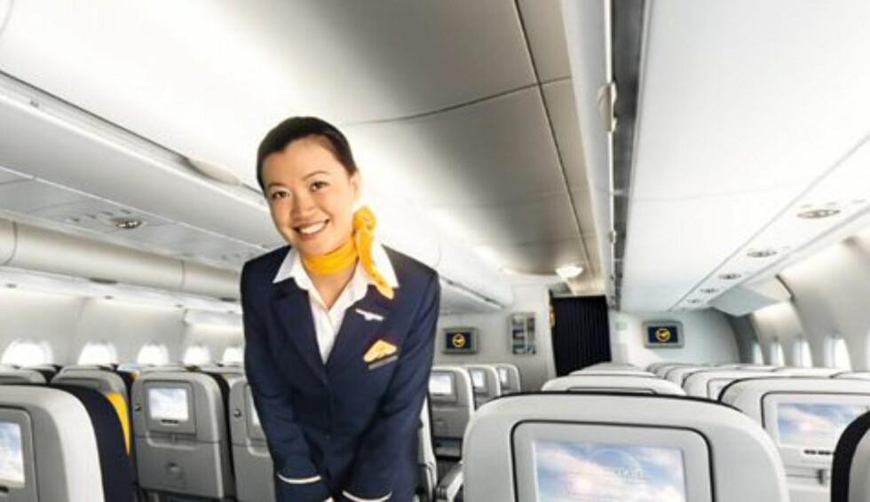 Men alle seter har privat flatskjerm, i hvert fall. Dette er nesten blitt standard på økonomiklasse på langdistansefly. Foto: Lufthansa