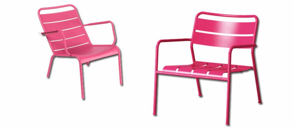 Stolen til venstre kommer fra Fermobs Luxembourg-kolleksjon. Til høyre ser vi Ikeas nye Roxö. Foto: Produsentene