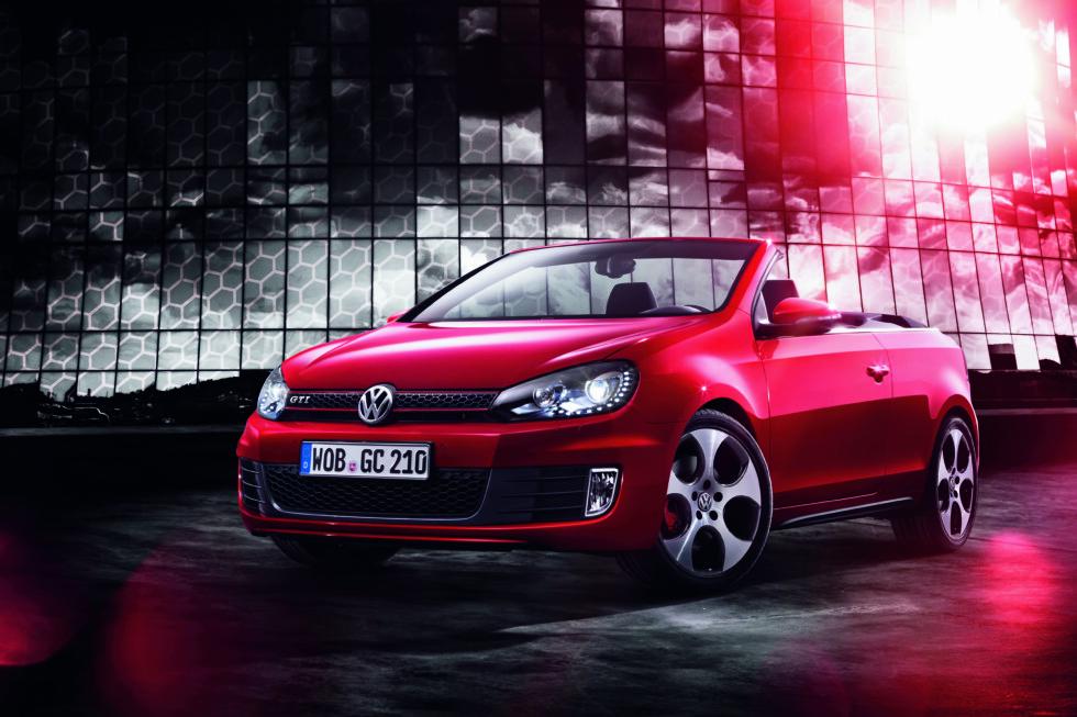 Golf GTI kommer nå både med og uten fast tak Foto: Volkswagen