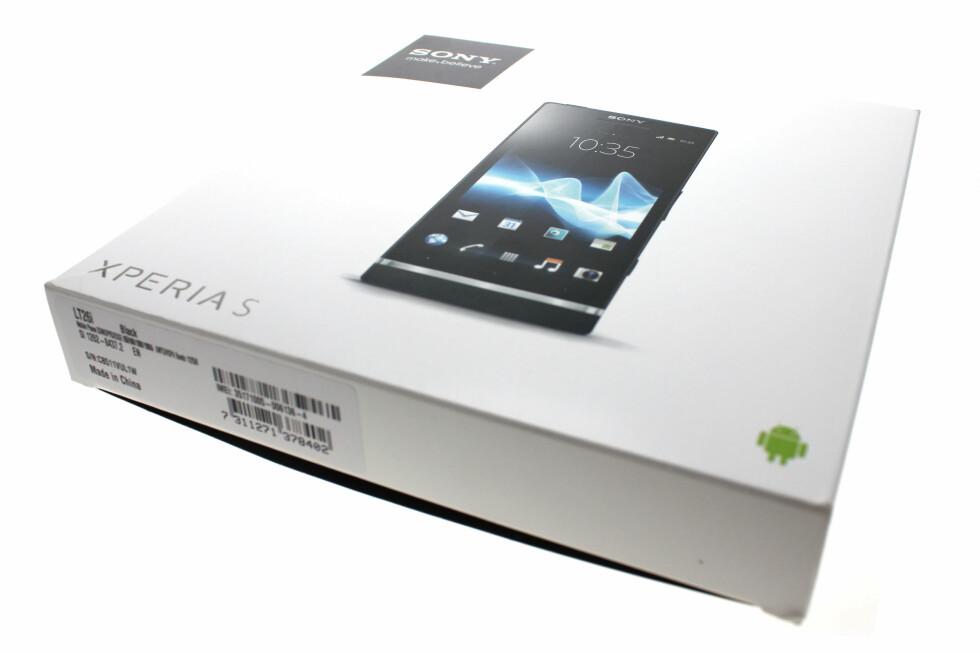 GREI PAKKE: Sony Xperia S leverer på mange områder, men svikter på andre.  Foto: Ole Petter Baugerød Stokke