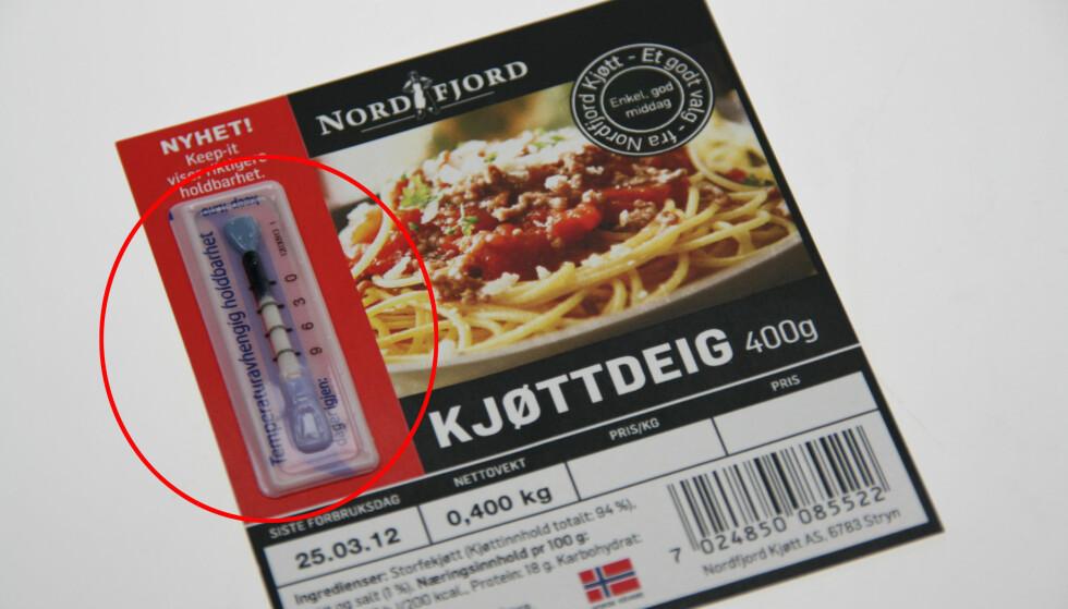 """DETTE ER KEEP-IT: Holdbarhetsindikatoren kan avsløre den faktiske holdbarheten på matvaren. Det er grunnen til at butikkene kan selge den også etter at den er """"gått ut på dato"""". Foto: Keep-It Technologies"""