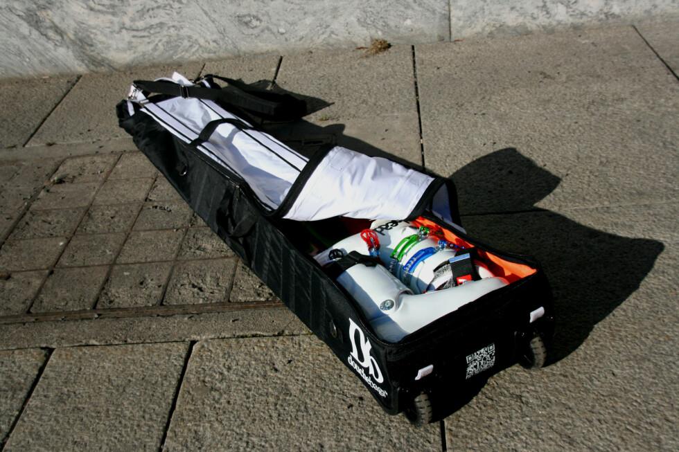 Med sine praktiske løsninger er Douchebag en skibag som skiller seg ut. Foto: Sebastian Berg Hestvedt