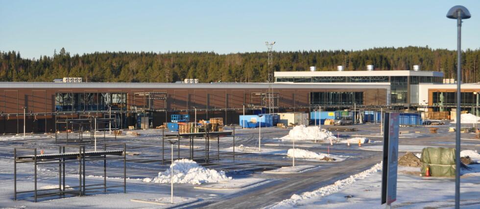 Foreløpig er dette en byggeplass, men før påske står det klart til å ta imot nordmenn på svenskehandel Foto: Involve.no