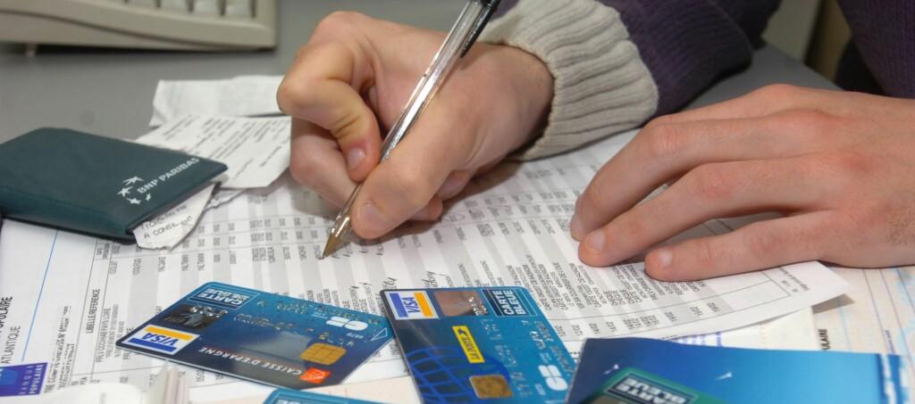 Id-tyvene tar seg gjerne god tid fra de får tak i informasjon om deg til de misbruker den. Foto: Colourbox.com