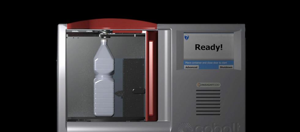 Skanneren skal kunne sjekke både glass og plastflasker, uansett farge og type. Minimumskravet er en centimeter væske i bunnen. Foto: Produsenten